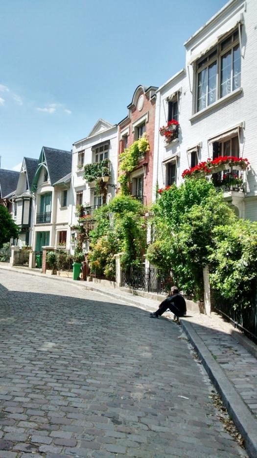 560 Montmartre