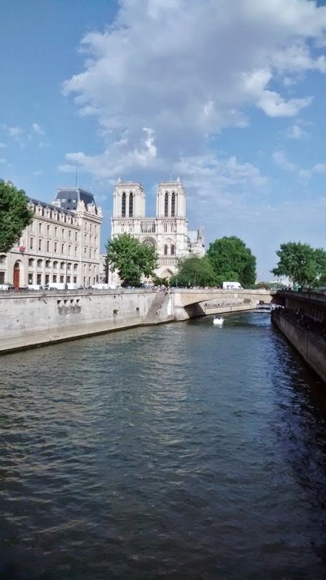 560 Notre Dame